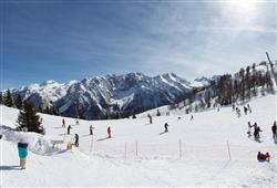 Hotel Sole Alto – 5denní lyžařský balíček se skipasem a dopravou v ceně***16