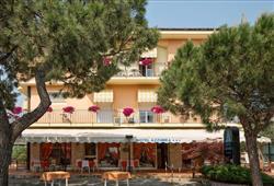 Hotel Azzurra***0