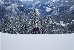 Hotel Derby - 6denní lyžařský balíček s denním přejezdem a skipasem v ceně***15