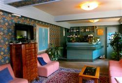Hotel Cervo - 5denný lyžiarsky balíček so skipasom a dopravou v cene***12