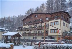 Hotel Daniela - 5denní lyžařský balíček se skipasem a dopravou v ceně**1