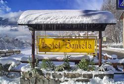 Hotel Daniela - 5denní lyžařský balíček se skipasem a dopravou v ceně**3
