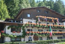 Hotel Daniela - 5denní lyžařský balíček se skipasem a dopravou v ceně**2