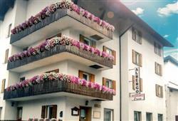 Hotel Erica - 5denní lyžařský balíček se skipasem a dopravou v ceně***1