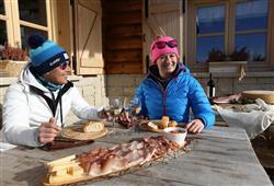 Hotel Erica - 5denní lyžařský balíček se skipasem a dopravou v ceně***25
