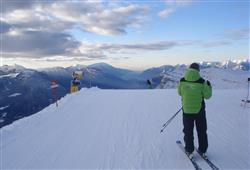 Hotel Aurora Paganella - 5denní lyžařský balíček se skipasem a dopravou v ceně***19
