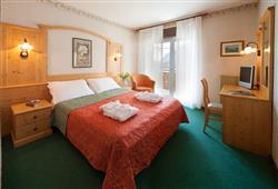 Hotel Miralago - 5denný lyžiarsky balíček so skipasom a dopravou v cene***6