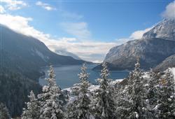 Hotel Miralago - 5denný lyžiarsky balíček so skipasom a dopravou v cene***1