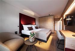 Rikli Balance Hotel – 3 až 6denný zimný balíček so skipasom v cene****3