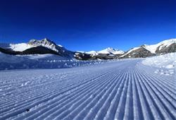 Hotel Jadran - 5denní lyžařský balíček s denním přejezdem, wellness a skipas v ceně***25
