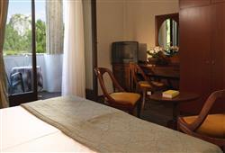 Hotel Jadran - 5denní lyžařský balíček s denním přejezdem, wellness a skipas v ceně***5