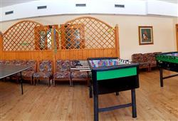 Hotel Aurora Pejo - 6denný lyžiarsky balíček so skipasom a dopravou v cene***7