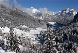 Hotel Aurora Pejo - 6denný lyžiarsky balíček so skipasom a dopravou v cene***23