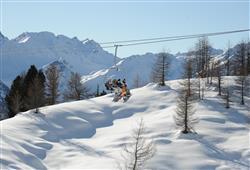 Hotel Aurora Pejo - 6denný lyžiarsky balíček so skipasom a dopravou v cene***24