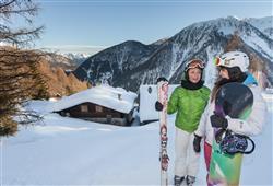 Hotel Aurora Pejo - 6denný lyžiarsky balíček so skipasom a dopravou v cene***26