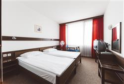 Hotel Krim - 5/6denní zimní balíček se skipasem v ceně***11