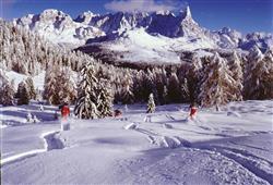 Hotel Cimone Excelsior – 6denný lyžiarsky balíček so skipasom na 4 dni a dopravou v cene***14
