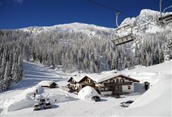 Hotel Cimone Excelsior – 6denný lyžiarsky balíček so skipasom na 4 dni a dopravou v cene***16