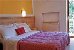 Hotel San Giusto – 6denný lyžiarsky balíček s denným prejazdom a skipasom v cene***2