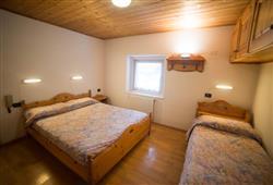 Hotel Casa Alpina – 5denný lyžiarsky balíček so skipasom a dopravou v cene**7