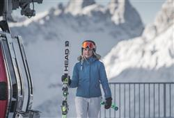 Hotel Casa Alpina – 5denný lyžiarsky balíček so skipasom a dopravou v cene**29