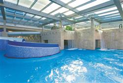 Hotel Savica – gourmet a wellness pobyt so skipasom do 3 krajín v cene***16