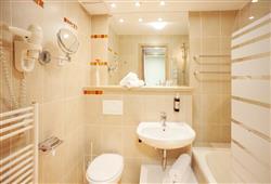 Hotel Savica – gourmet a wellness pobyt so skipasom do 3 krajín v cene****11