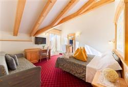 Alpotel Dolomiten – 6denní lyžařský balíček se skipasem a dopravou v ceně***7