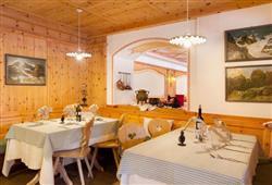 Alpotel Dolomiten – 6denní lyžařský balíček se skipasem a dopravou v ceně***10