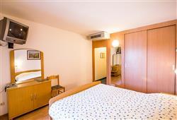 Hotel Omorika - Punat***11