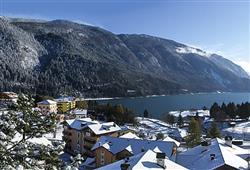Hotel Europa - 6denný lyžiarsky balíček s denným prejazdom***20