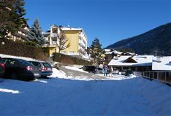 Hotel Europa - 6denný lyžiarsky balíček s denným prejazdom***2