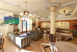 Hotel Europa - 6denný lyžiarsky balíček s denným prejazdom***13