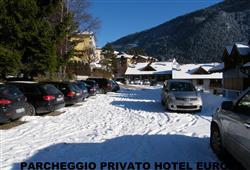 Hotel Europa - 6denný lyžiarsky balíček so skipasom a dopravou v cene***15