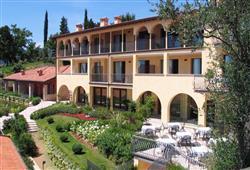 Rezidencia Borgo degli Ulivi****0