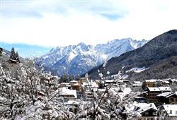 Hotel Derby - 6denní lyžařský balíček s denním přejezdem a skipasem v ceně***16