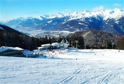 Hotel Derby - 6denní lyžařský balíček s denním přejezdem a skipasem v ceně***17