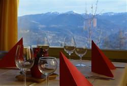 Hotel Augustus - 5denní lyžařský balíček se skipasem a dopravou v ceně***13