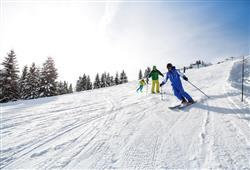Hotel Augustus - 5denní lyžařský balíček se skipasem a dopravou v ceně***30