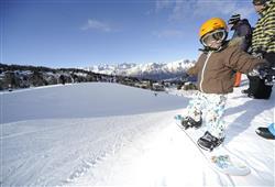 Hotel Augustus - 5denní lyžařský balíček se skipasem a dopravou v ceně**25
