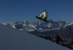 Hotel Augustus - 5denní lyžařský balíček se skipasem a dopravou v ceně***38