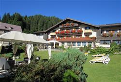 Hotel Arnica - 5denní lyžařský balíček se skipasem a dopravou v ceně****2