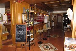 Hotel Arnica - 5denní lyžařský balíček se skipasem a dopravou v ceně****14