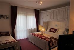 Hotel Arnica - 5denní lyžařský balíček se skipasem a dopravou v ceně****3