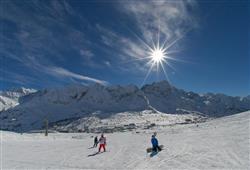 Hotel Al Maniero - 5denní lyžařský balíček se skipasem v ceně***41
