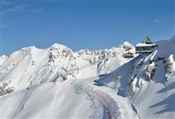 Sport hotel Forte - 5denní lyžařský balíček - zalyžujte si ve 2 zemích***36