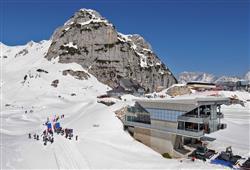 Sport hotel Forte - 5denní lyžařský balíček - zalyžujte si ve 2 zemích***1