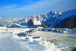 Hotely Falcade - různé *** hotely - 5denní lyžařský balíček se skipasem a dopravou v ceně***4