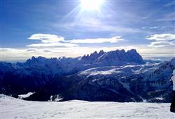 Hotely Falcade - různé *** hotely - 5denní lyžařský balíček se skipasem a dopravou v ceně***8