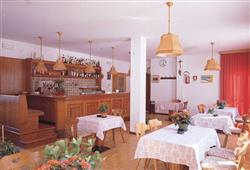Hotel Albergo Canazei**5